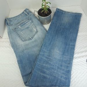 Gap 1969 Distressed & Distroyed Staight Light Wash